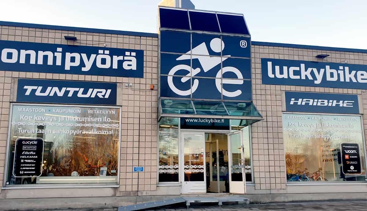 Sähköpyörät Turun Länsikeskuksesta
